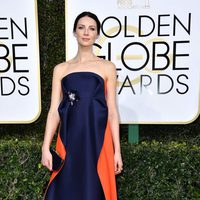 Caitriona Balfe at Golden Globes 2017 red carpet