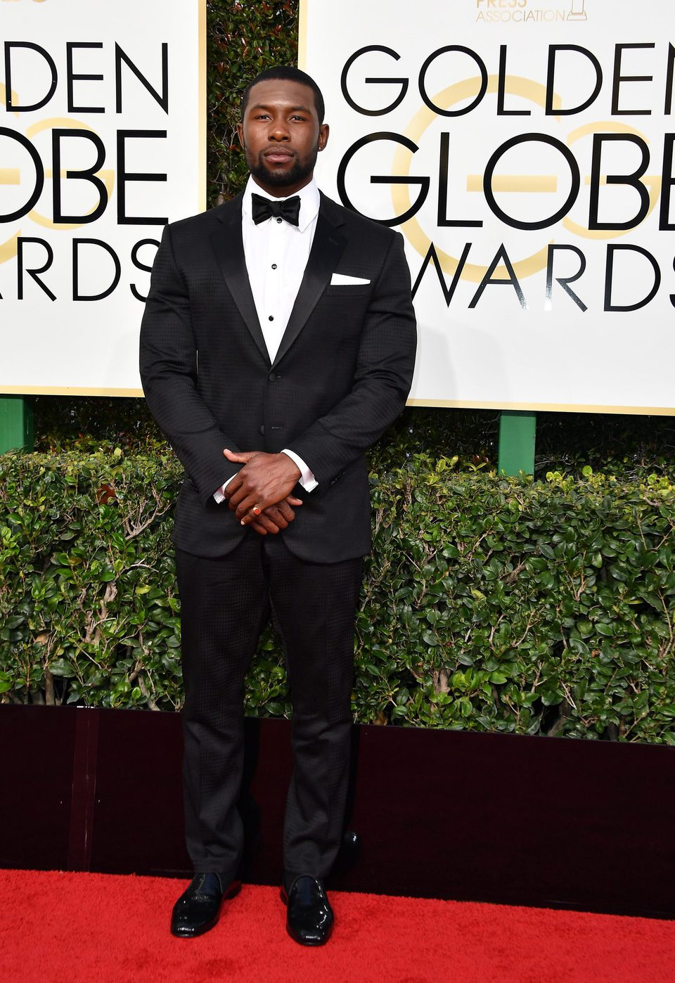 Trevante Rhodes at Golden Globes 2017 red carpet