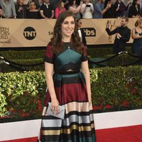 Mayim Bialik on the red carpet of SAG Awards 2017