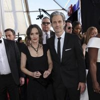 Winona Ryder and Scott Mackinlay Hahn on the red carpet of SAG Awards 2017