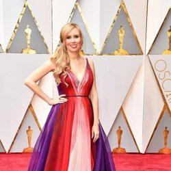 Allison Schroeder at the Oscars 2017 red carpet