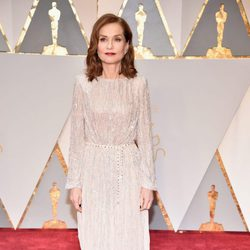 Isabelle Huppert at the Oscars 2017 red carpet