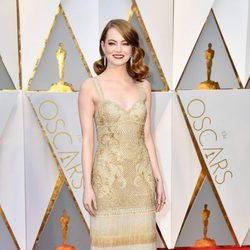 Emma Stone at the red carpet of the Oscars 2017
