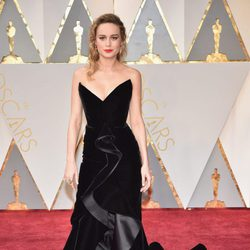 Brie Larson at the red carpet of the Oscars 2017