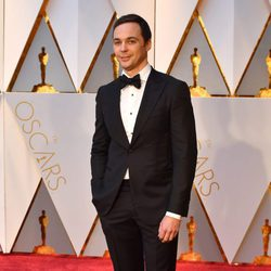 Jim Parsons at the red carpet of the Oscars 2017