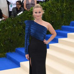 Reese Witherspoon on the Met Gala red carpet 2017