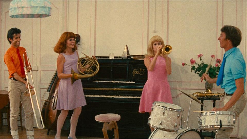 The Young Girls of Rochefort, fotograma 11 de 16