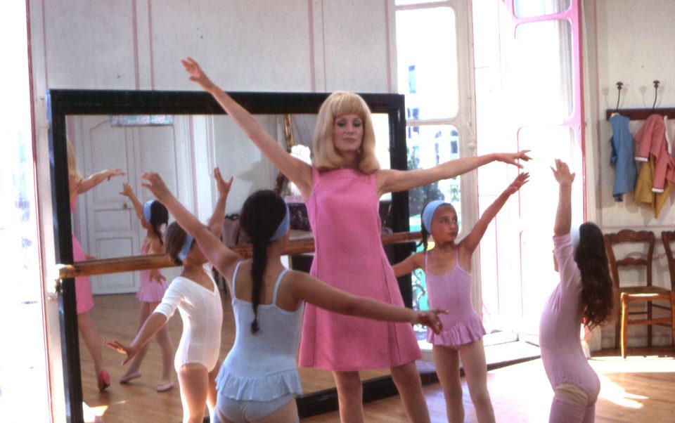 The Young Girls of Rochefort, fotograma 5 de 16