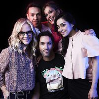 The cast of 'Lucifer' poses for the Comic-Con