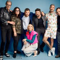 The cast of 'Thor Ragnarok' poses during the Comic-Con