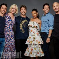 The cast of 'Westworld' poses during the Comic-Con 2017