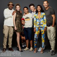 The cast of 'The Flash' poses during the Comic-Con 2017