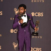Donald Glover with his Emmy 2017 for best actor and best director of a comedy series