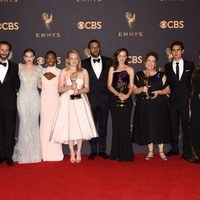 The stars of 'The Handmaid's Tale' with their Emmy 2017 for best drama series