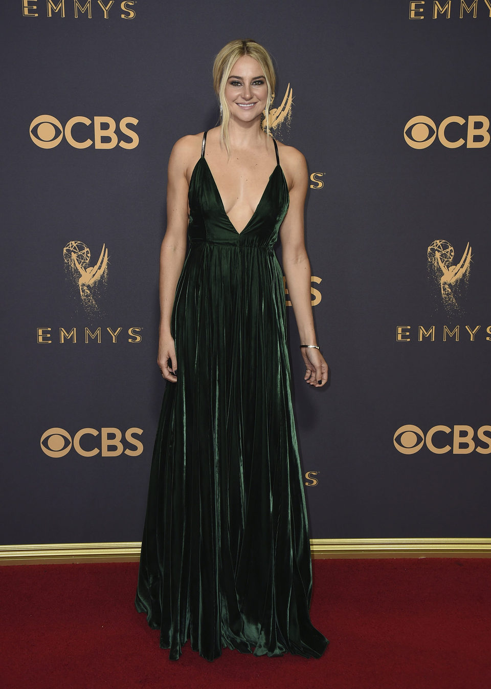 Shailene Woodley at the Emmy 2017 red carpet
