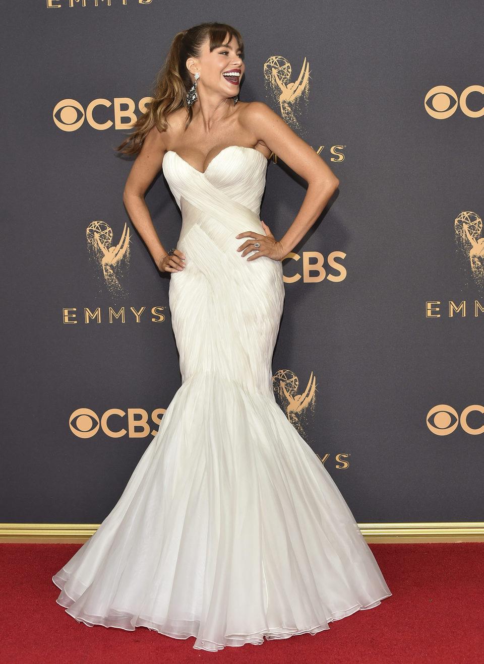 Sofia Vergara at the Emmys 2017 red carpet