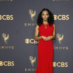 Sonequa Martin-Green at the Emmys 2017 red carpet
