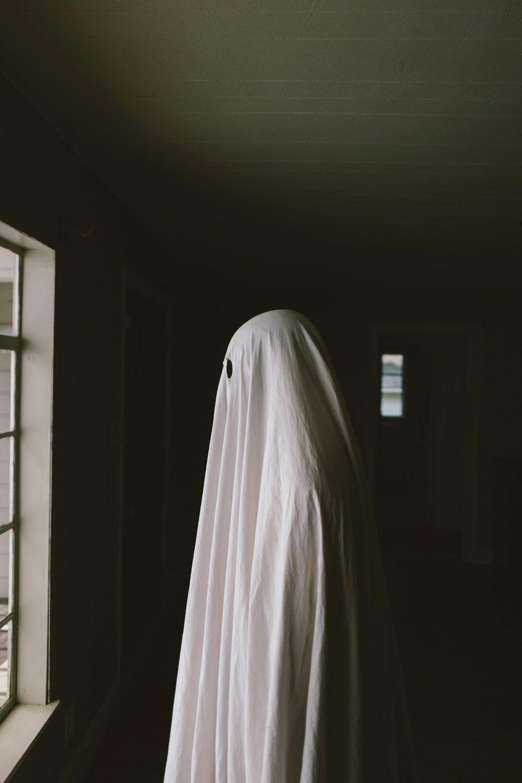 A Ghost Story, fotograma 17 de 20