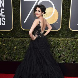 Laura Marano at the Golden Globe's red carpet 2018