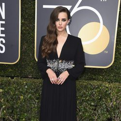 Katherine Langford at the red carpet of the Golden Globes 2018