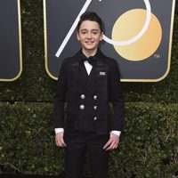 Noah Schnapp at the Golden Globes 2018 red carpet