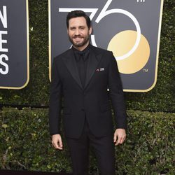 Edgar Ramirez at the red carpet of the Golden Globes 2018