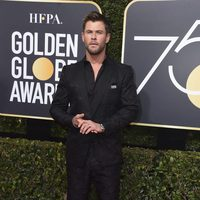 Chris Hemsworth at the Golden Globe's red carpet 2018