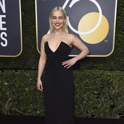 Emilia Clarke at the red carpet of the Golden Globes 2018