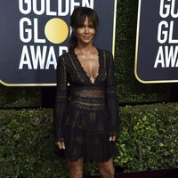 Halle Berry at the Golden Globe's red carpet 2018