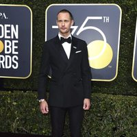 Alexander Skarsgård at the Golden Globes 2018 red carpet