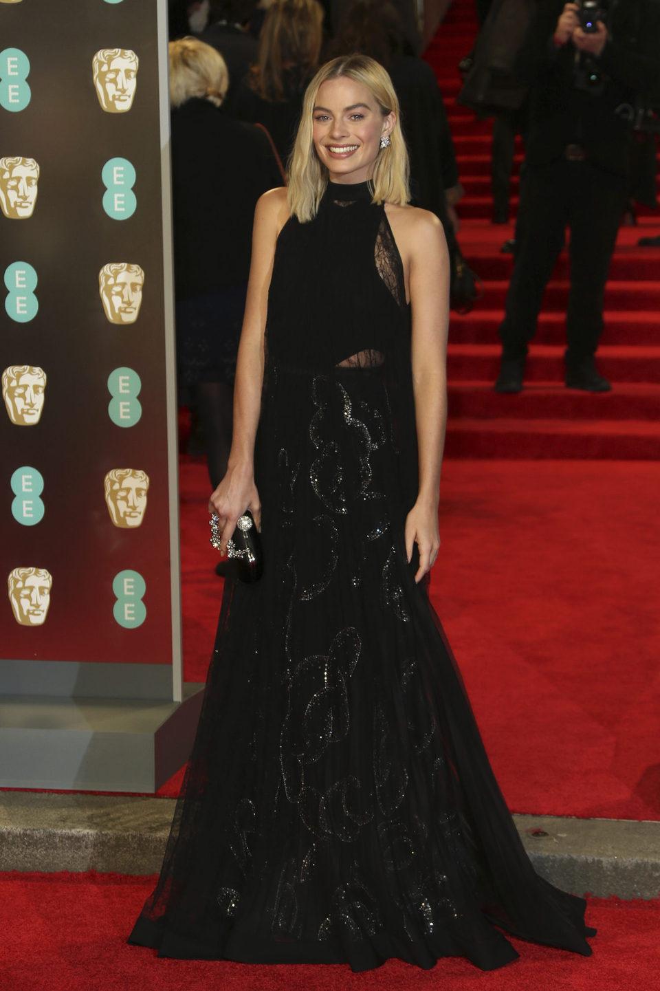Margot Robbie at the BAFTA Awards' 2018 red carpet