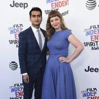 Kumail Nanjiani y Emily V. Gordon at the Spirit Awards 2018