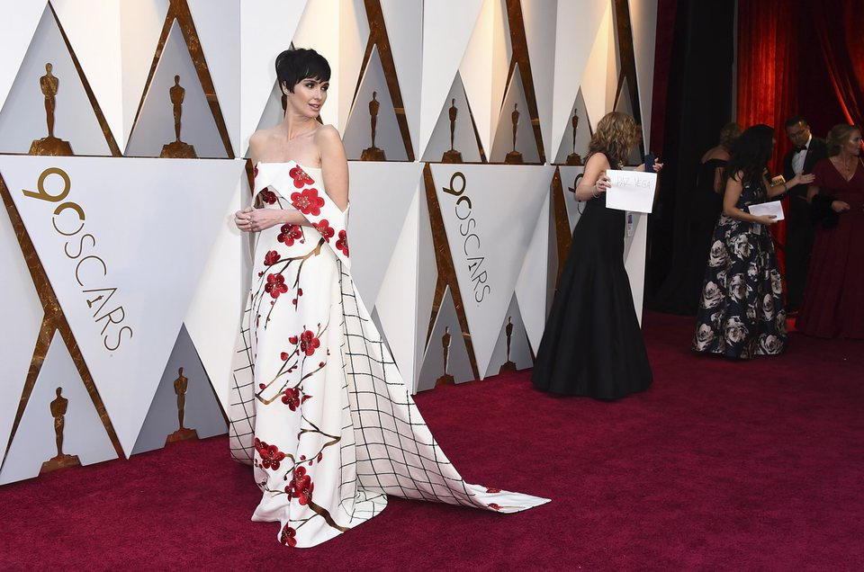 Paz Vega at the red carpet of the Oscars 2018