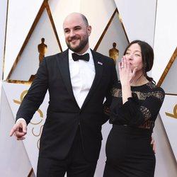Jordan Horowitz and Julia Hart at the Oscars 2018 red carpet