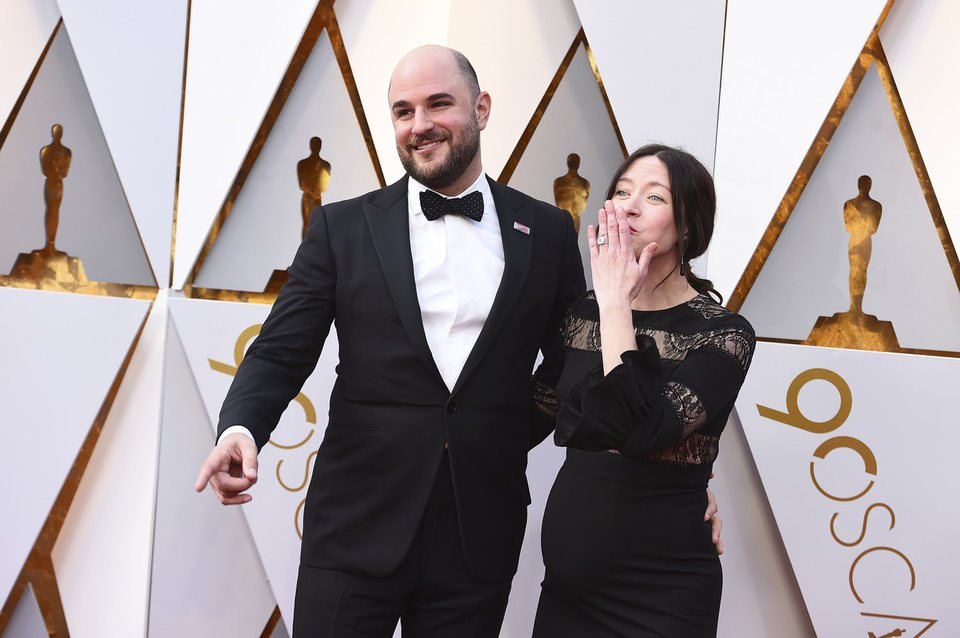 Jordan Horowitz and Julia Hart at the Oscars 2018 red carpet