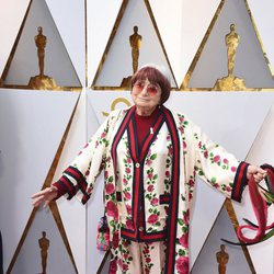 Agnes Varda at the Oscars 2018 red carpet