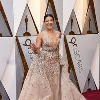 Gina Rodriguez at the red carpet of the Oscars