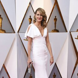 Laura Dern at the red carpet of the Oscars