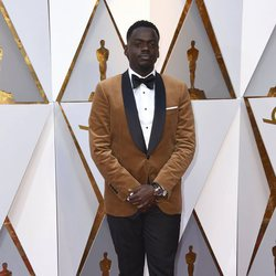 Daniel Kaluuya at the Oscars 2018 red carpet
