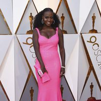 Viola Davis at the Oscars 2018 red carpet