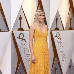 Greta Gerwig poses at the Oscar 2018 red carpet