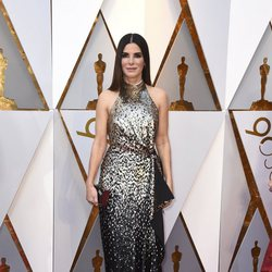 Sandra Bullock at the Oscar 2018 red carpet