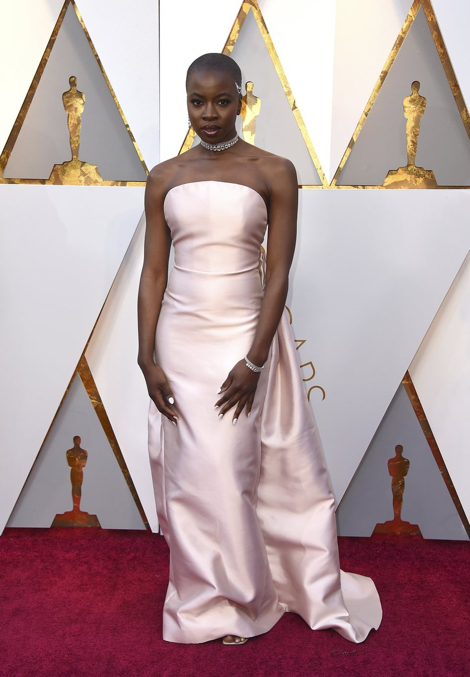 Danai Gurira at the red carpet of the Oscars