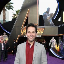 Paul Rudd poses on the purple carpet at the world premiere of 'Avengers: Infinity War'
