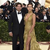 Irina Shayk and Bradley Cooper at the Met Gala 2018