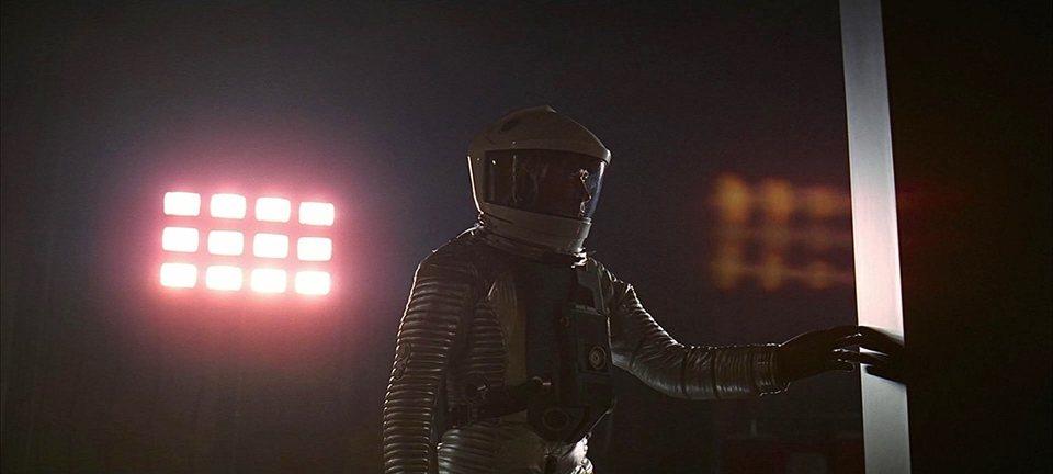 2001: A Space Odyssey, fotograma 1 de 13