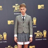 Tommy Dorfman at the MTV Movie & TV Awards 2018 red carpet