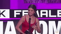 "Selena Gomez at the AMAs: ""I had everything and I was absolutely broken inside"""