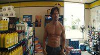 Joe Manganiello seduces a cashier in 'Magic Mike XXL'